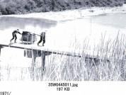 0001_0079 川と橋とリヤカー