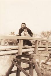 0010_0005 紅葉橋で父と