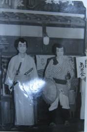 0027_0002 並松商店街の売り出し仮装